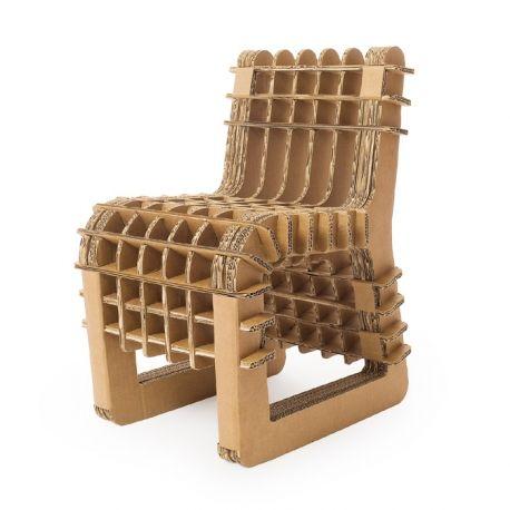 Sedia Build up chair in cartone per bambini realizzata da Philippe Nigro 34x43x56 cm (su skitsch.it).