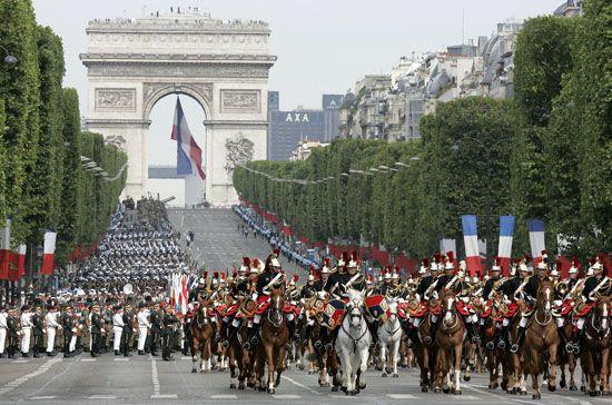 De nationale feestdag van Frankrijk wordt gevierd op 14 juli (Frans: quatorze…