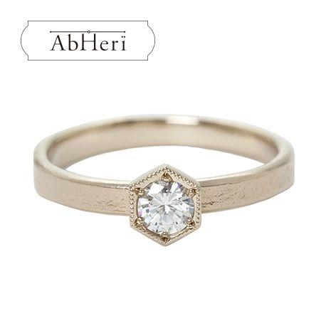 VEIL(ヴェール)●ジュエリーカジタ:【VEIL】インスピレーションを信じ、新たな人生の扉を開く-AbHeri-爪なしのエンゲージリング・婚約指輪を集めました!
