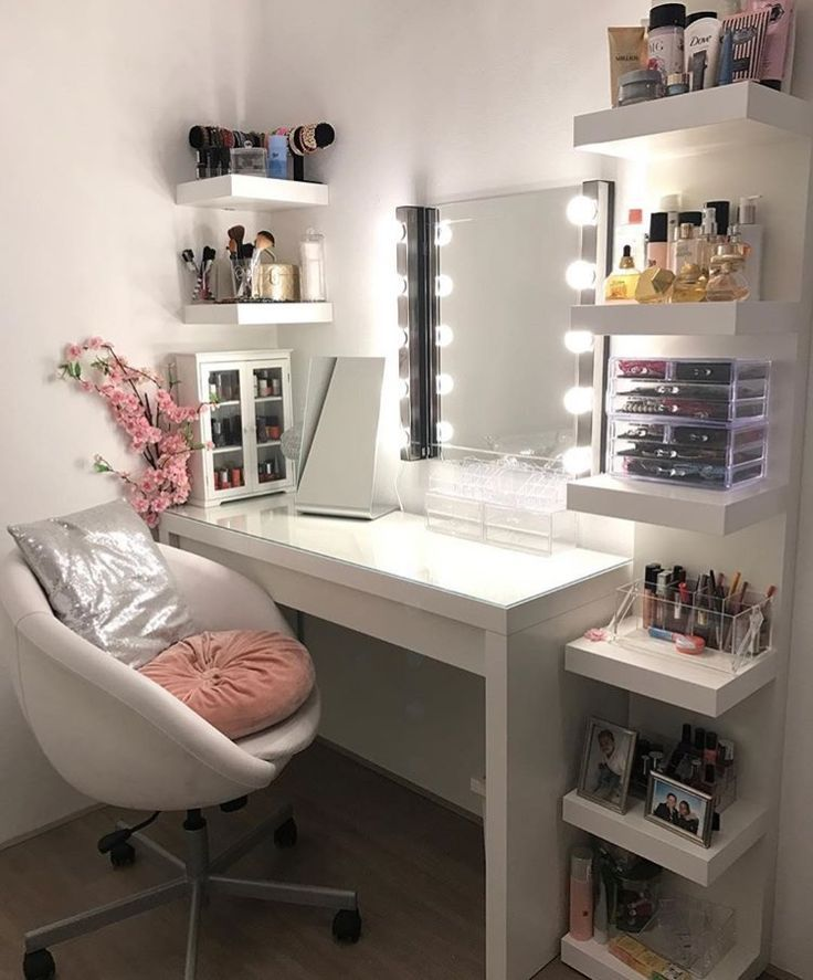#Dekoration #Makeup #Table