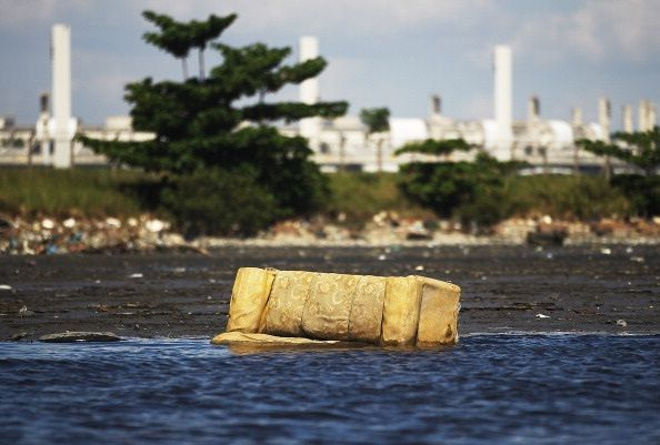 Brazil's Guanabara Bay, Site of 2016 Rio Olympics Sailing Events, Is Heavily Polluted & Dangerous! http://shar.es/V3W2u