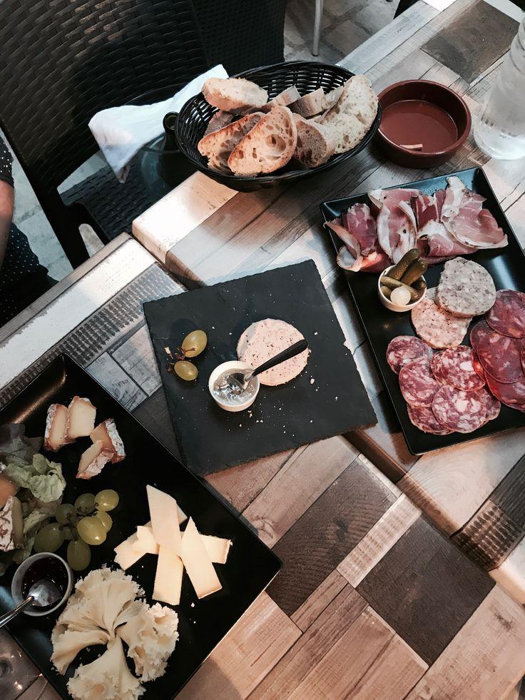 Food : Cheese    Wine    Meats ,  Follow me on Instagram : @mrs_vanhayd