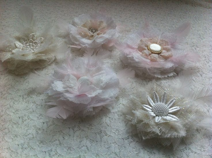 feathery flowers inspire from Tricia aliittleshabbychic on YT