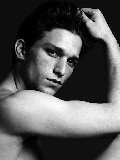 Daren Kagasoff. My god why haven't i posted him.