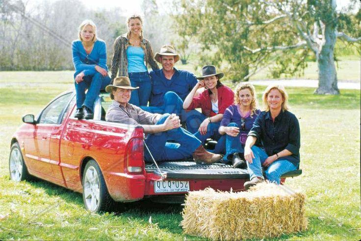 McLeod's Daughters original cast.