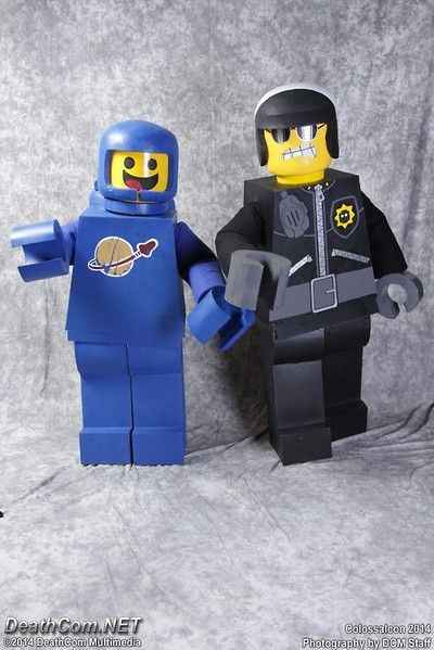 policetomeetyou and blanksy in their LEGO Movie cosplays at Colossalcon! These costumes were SO OVERWHELMINGLY popular and well received!!!!...