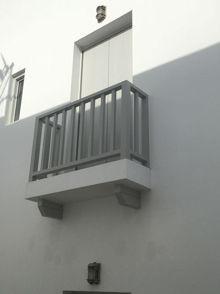 Ειδικές ξυλινες κατασκευές | Κάγκελα μπαλκονιού και φουρούσια | corbels and balcony railings | Kritikoswood | Accoya
