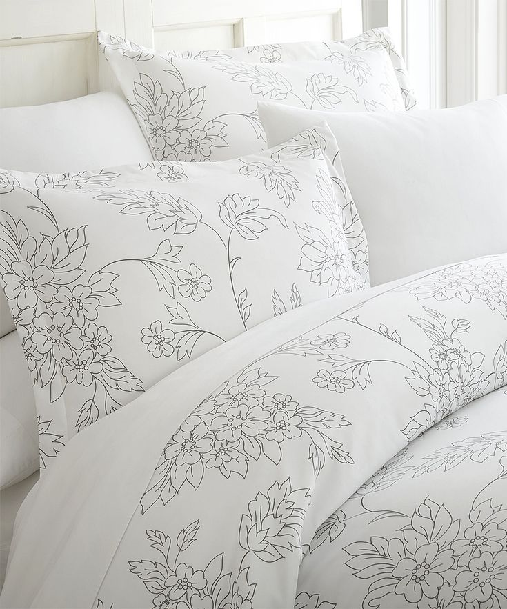 Gray Floral Microfiber Three-Piece Duvet Cover Set