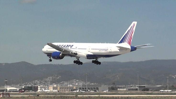 Transaero Boeing 777-200 EI-UNS Landing Barcelona BCN