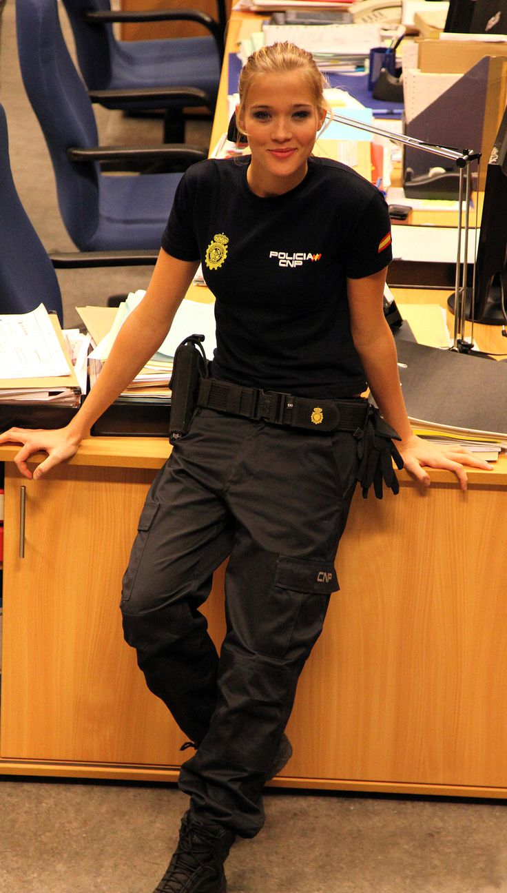 spanish police woman | Spanish National Police agent image - Females In Uniform (Lovers Group ...
