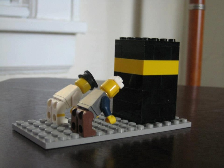 Legos & the Kabah - Hajj idea from Saimah Rafiq on the Azzure Design FB Page - http://facebook.com/azzuredesign1