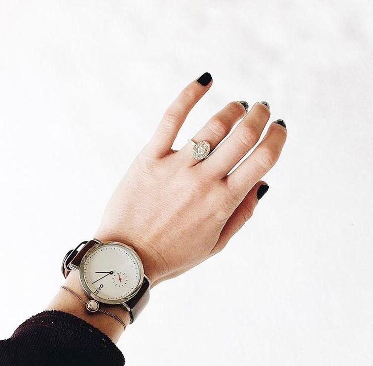 @arvowear #arvo #arvowatch #watch #wristwatch #begoododgood #nude #leather #time #timeless #jewelry #nails #nailpolish #manicure #bekind #white #minimal #clean #beautiful