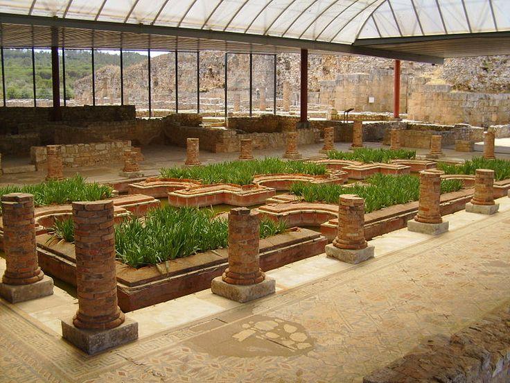 Conimbriga casa dos repuxos - a floating garden