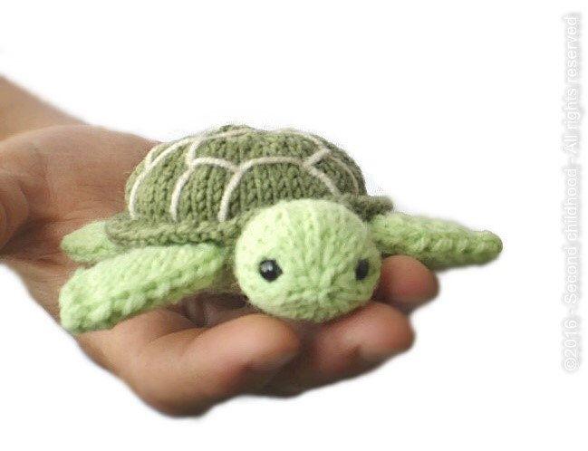 Mini turtle, stuffed animal, tiny plush sea turtle, sea creatures mini amigurumi, pocket toy, crochet turtle, green turtle, knit turtle by SecondChildhoodToys on Etsy https://www.etsy.com/listing/462884173/mini-turtle-stuffed-animal-tiny-plush