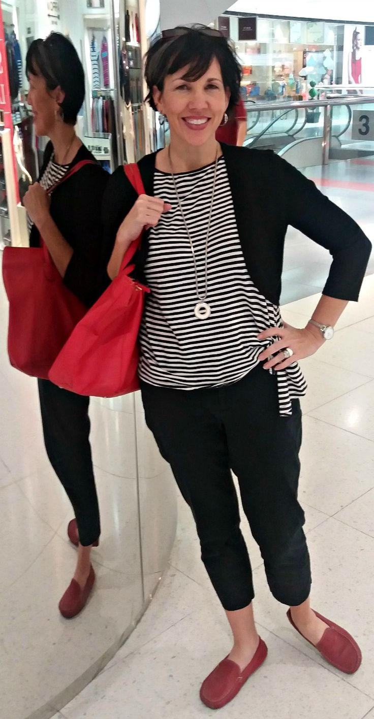 Fashion over 40, casual mall outfit