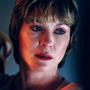 EXCLUSIVE: Dee Wallace Talks E.T. the Extra-Terrestrial 30th Anniversary - The actress plays Elliot and Gertie's mother Mary in Steven Spielberg's classic, debuting on Blu-ray for the first time October 9.