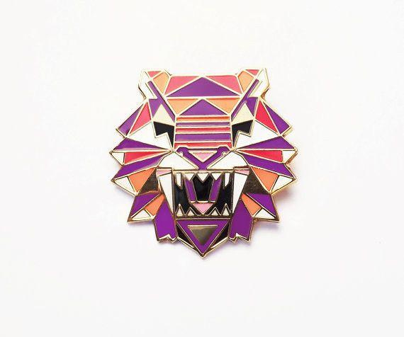 Tiger Brooch – onyx-creative