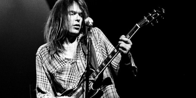 Song of the Weekend: Neil Young - Heart of Gold - GeekSnack