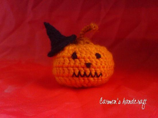 Dovlecel – Halloween, by carmenshandcraft, 15 Lei