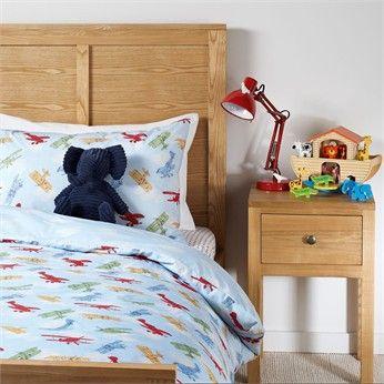 Vintage planes kids bed linen inspiration