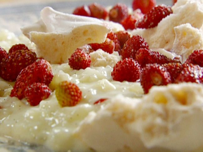 Creamy Rice Pudding with the Quickest Strawberry Jam Recipe : Jamie Oliver : Food Network - FoodNetwork.com