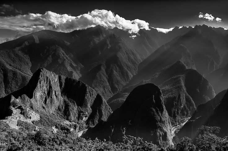 https://flic.kr/p/Ws1cmm | From The Heights (Machu Pichu, Cusco, Peru. Gustavo Thomas © 2016) | Desde las alturas / From The Heights  (Machu Pichu, Cusco, Peru. #Photograph by Gustavo Thomas © 2016)
