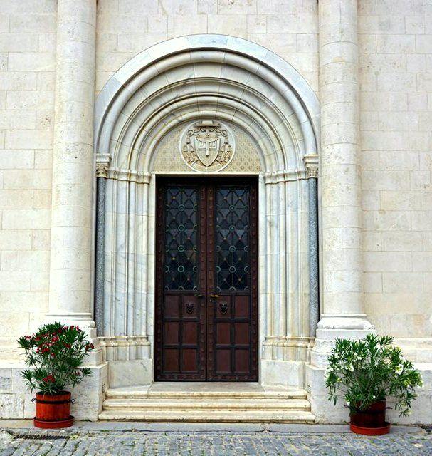 Door. Pecs Hungary. Photo by Tony Josipovic
