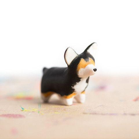 Le Happy Corgi Totem | le animalé