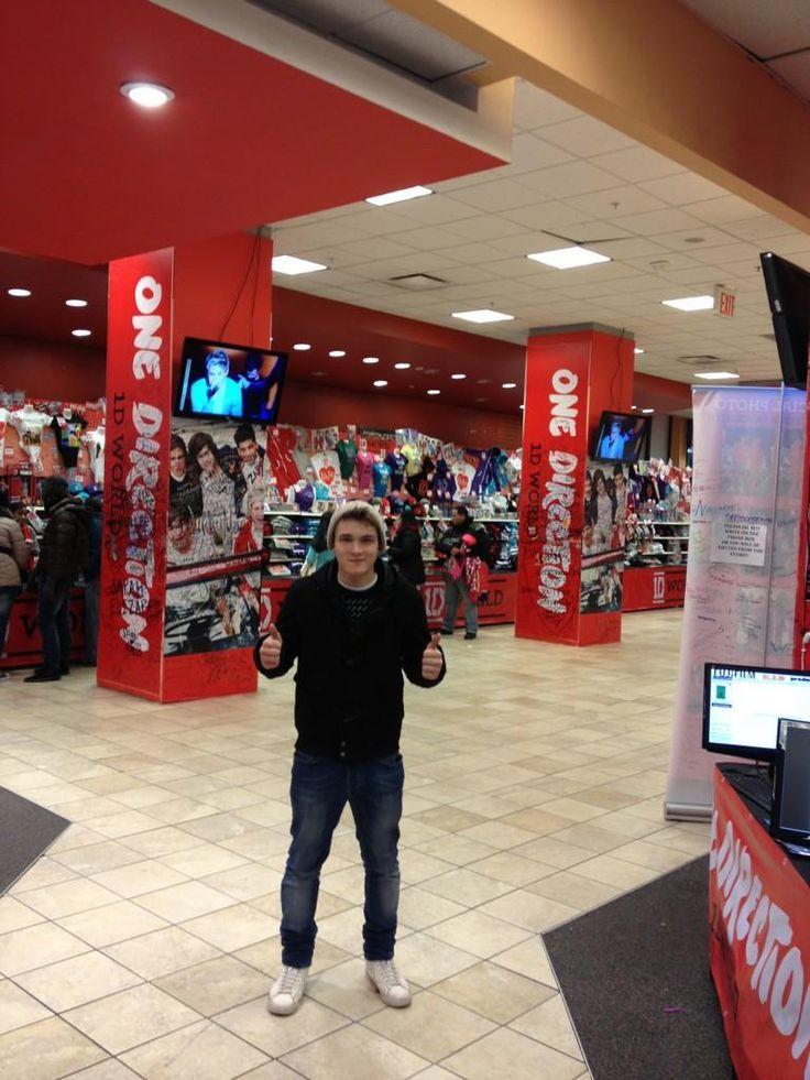 Josh Devine at 1D World!