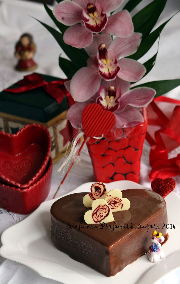 169 best San Valentino images on Pinterest | Valentino, Cakes and ...