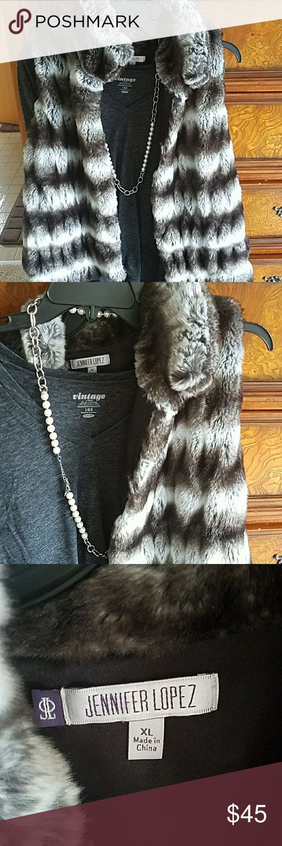 New with tags J Lo XL Faux Fur vest New with tags J Lo XL Faux Fur vest Jennifer Lopez Jackets & Coats Vests