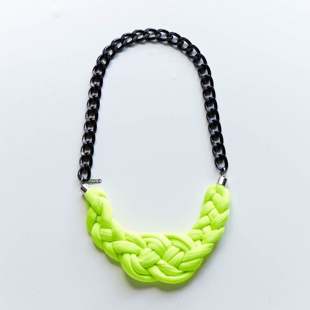 Neon knots