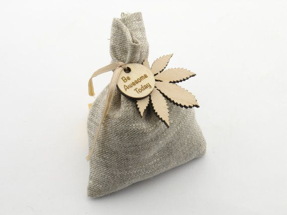 These sachets are great for drawers, linen closets, cars and anywhere that needs a delightful scent. Linen sachet bags are filled with buckwheat and scented with our selection of fragrance oils. This buckwheat sachet serves as a gentle encouraging reminder for your friends or colleagues!  We have three fragrance choices available: 1) Coffee & Vanilla 2) Cherry & Anise 3) Cherry&Coffee  Fragrance is very gentle and non-intrusive. Lasts for approximately 1 month.  When ordering, ple...