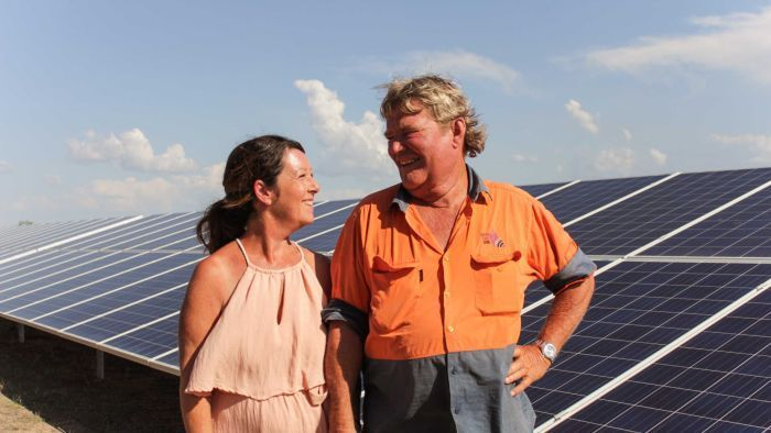 Outback couple build solar farm to prove fringe-of-grid power generation need - ABC News (Australian Broadcasting Corporation)