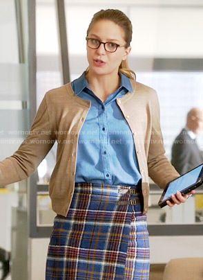 Kara's plaid wrap skirt on Supergirl.  Outfit Details: https://wornontv.net/54986/ #Supergirl