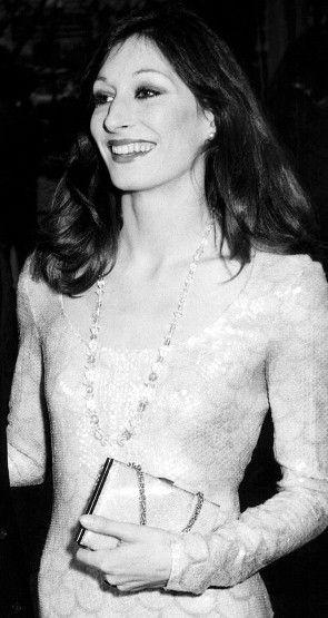 Angelica Huston 1970's icon