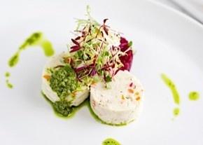 Gourmet Seders, Restaurant Style
