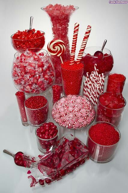 Red candy table http://girlyinspiration.com/