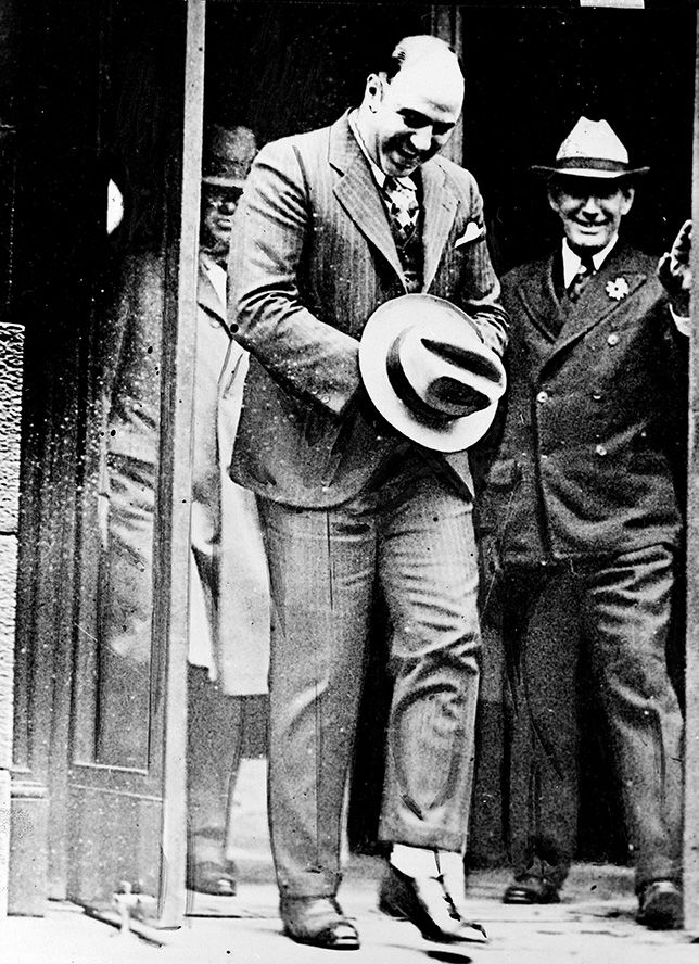 al capone one of the most 5 interesting facts about al capone on january  after a brawl with a teacher and began a life of crime that would make him one of the most notorious gangsters in.