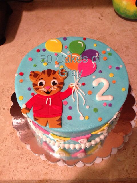 Daniel Tiger Cake I Made Mallory Gray 50 Cakes Of Gray