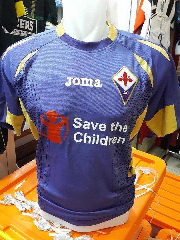 Jual Jersey Fiorentina Home Musim 2014/2015 Terbaru Murah - Kali ini saya mau menawarkan kepada para penggemar sepak bola semua, yakni jersey fiorentina home yang kami jual dengan harga murah dan terjangkau.Kualitas dari jersey ini adalah Grade