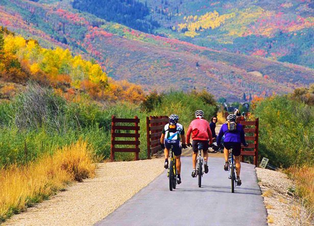 20 Great Bike Routes That Are Begging For A Fall Road Trip Bike Route Fall Road Trip Bicycle Trail