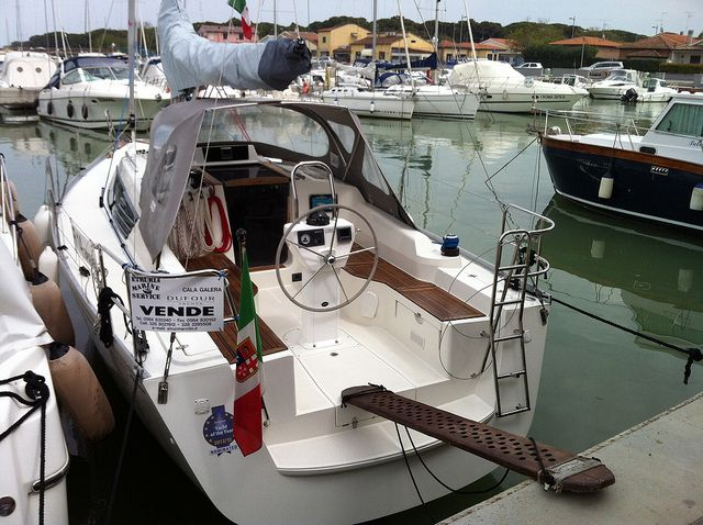 Concluso il Salone di Cannes, che apre la stagione dei saloni nautici autunnali, un altro sta per iniziare, quello di Genova.
