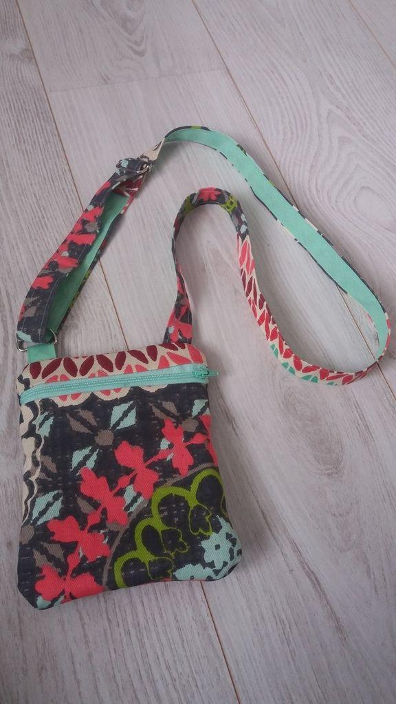 Sacoche bandoulière 2 poches zippées