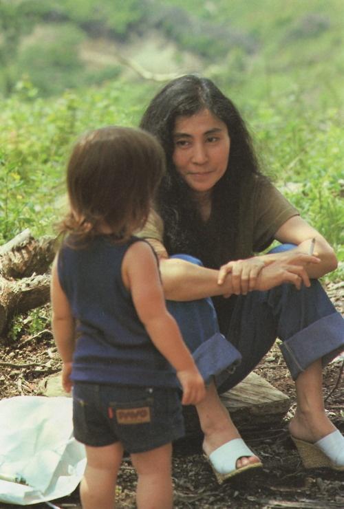 YOKO ONO and Sean Lennon #motherandchild #love
