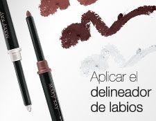 Applying Lip Liner