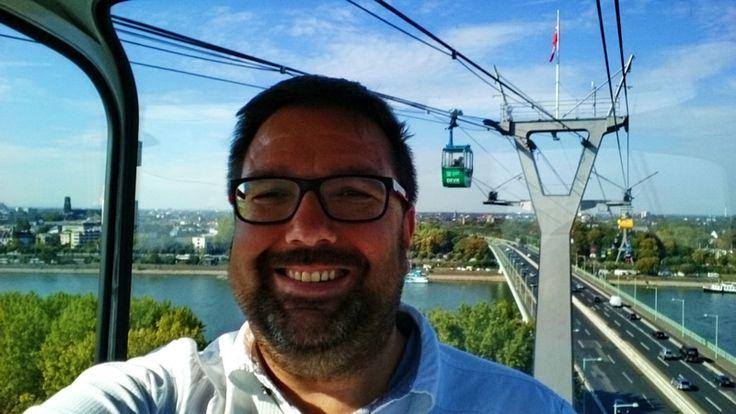 Köln ist bisher nie so wirklich auf meiner Städtereise Liste gewesen. Was ich daher hauptsächlich von Köln kannte war daher die Hohenzollern Brücke, den Hauptbahnhof und natürlich den Dom. Aber hat Köln noch mehr zu bieten?