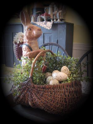 """w/ my basket like this that is painted with """"flag"""" paint. Fill w/ flags and Americana for the table."""
