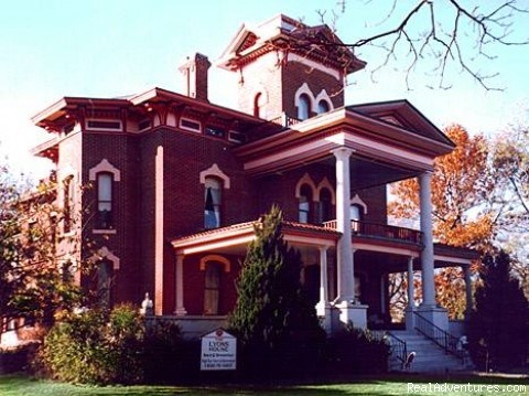 Lyons' Victorian Mansion Bed & Breakfast and Spa