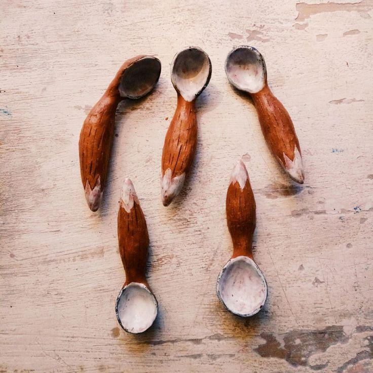 Купить Лисьи хвосты #2 - коричневый, лис, лисий хвост, ложка, Керамика